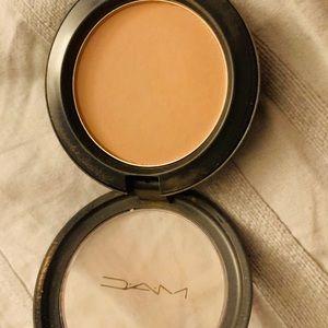 bronzer from mac